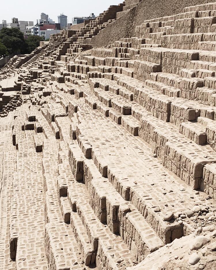 Hucclana, Peru