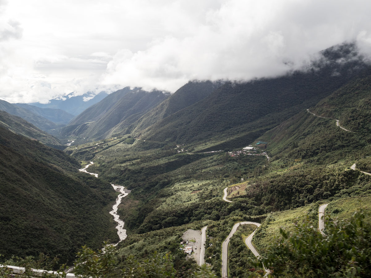 Peru-the-winding-roads