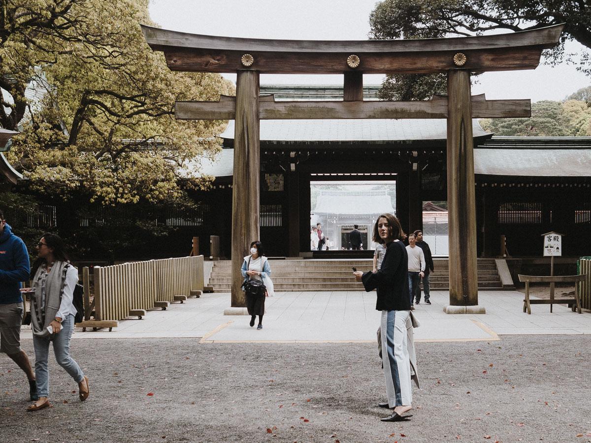 charlie-may-kuro-tokyo-japan-meiji-shrine-temple-2